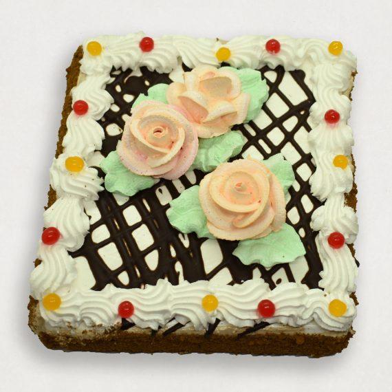 Большой прямоугольный торт